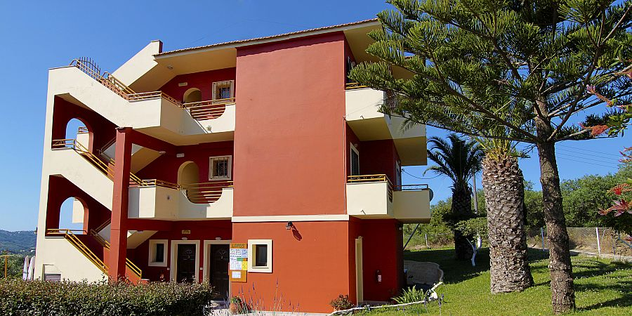 Self-catering in San Stefanos, north-west Corfu
